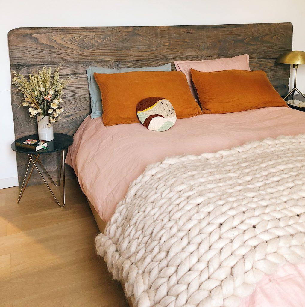 yasmine boheas PX7hU0tcBL0 unsplash 1019x1024 - Dekorer din seng på den rigtige måde